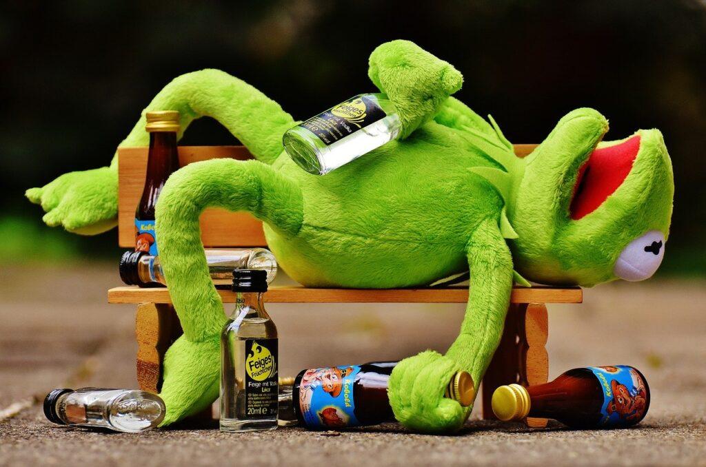アルコール依存症のカエル
