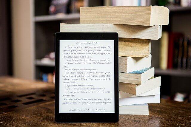 キンドルと紙の本