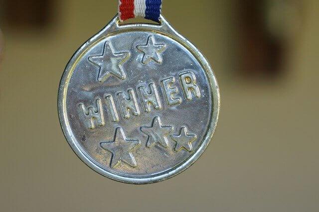 勝利のメダル